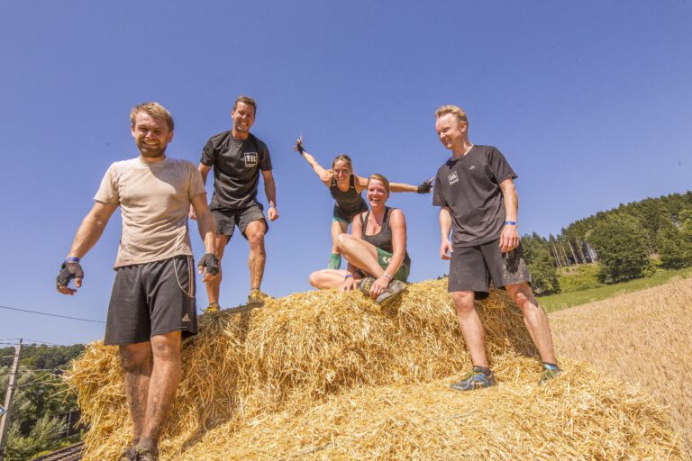 INN RUN Hindernislauf Passau, Bayern - starkes team
